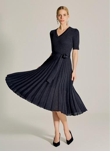NGSTYLE Pilili Simli Triko Elbise Siyah
